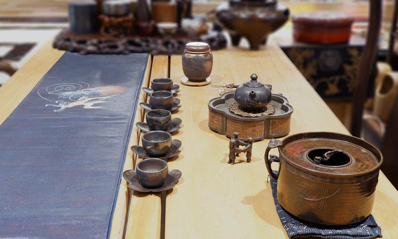 榊原芳山的備前燒茶心壺